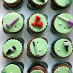 golfing cupcakes